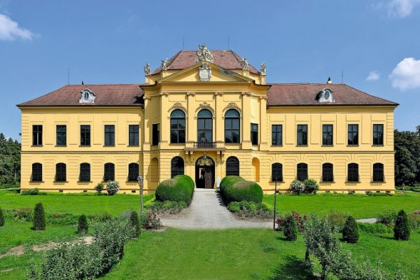 Gartenlust Schloss Eckartsau